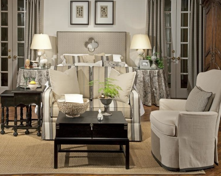 For 50 years  the Highland House name has been synonymous with fine   classic  traditional upholstery and case goods  Our stylish sofas  settees   loveseats. Design Source Connecticut   Highland House